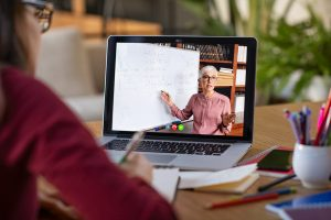 آموزش مجازی، آموزش اینترنتی، آموزش از راه دور
